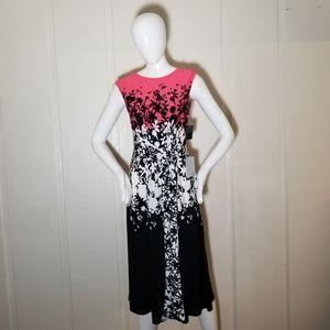 New Gabby Skye Floral waist tie Dress